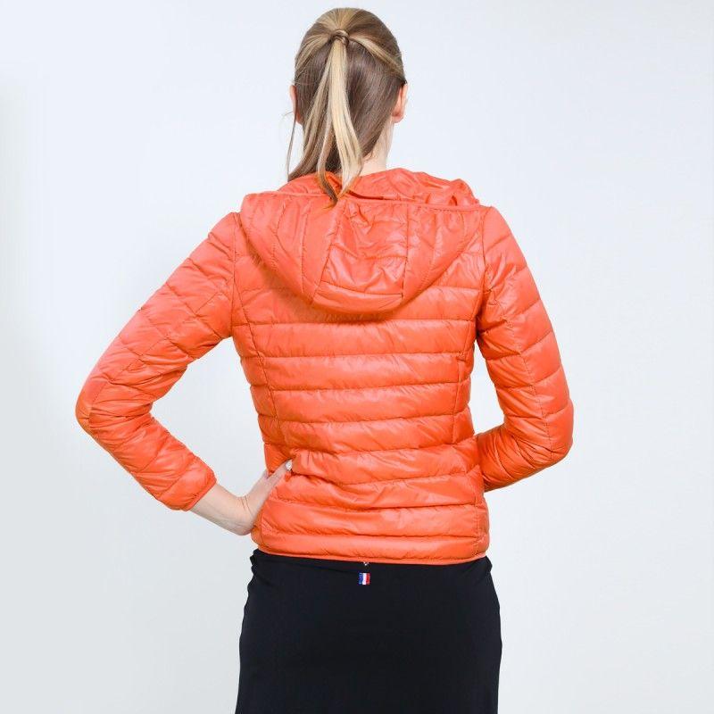 .Ultra-light Down Hooded Jacket